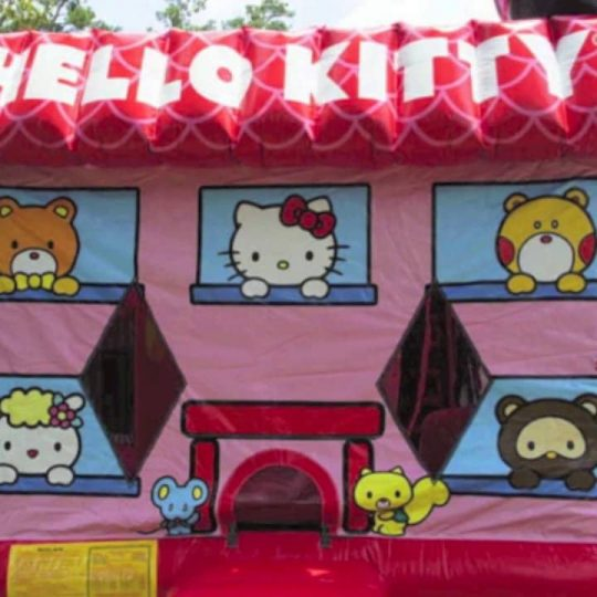 Hello Kitty Moonwalk